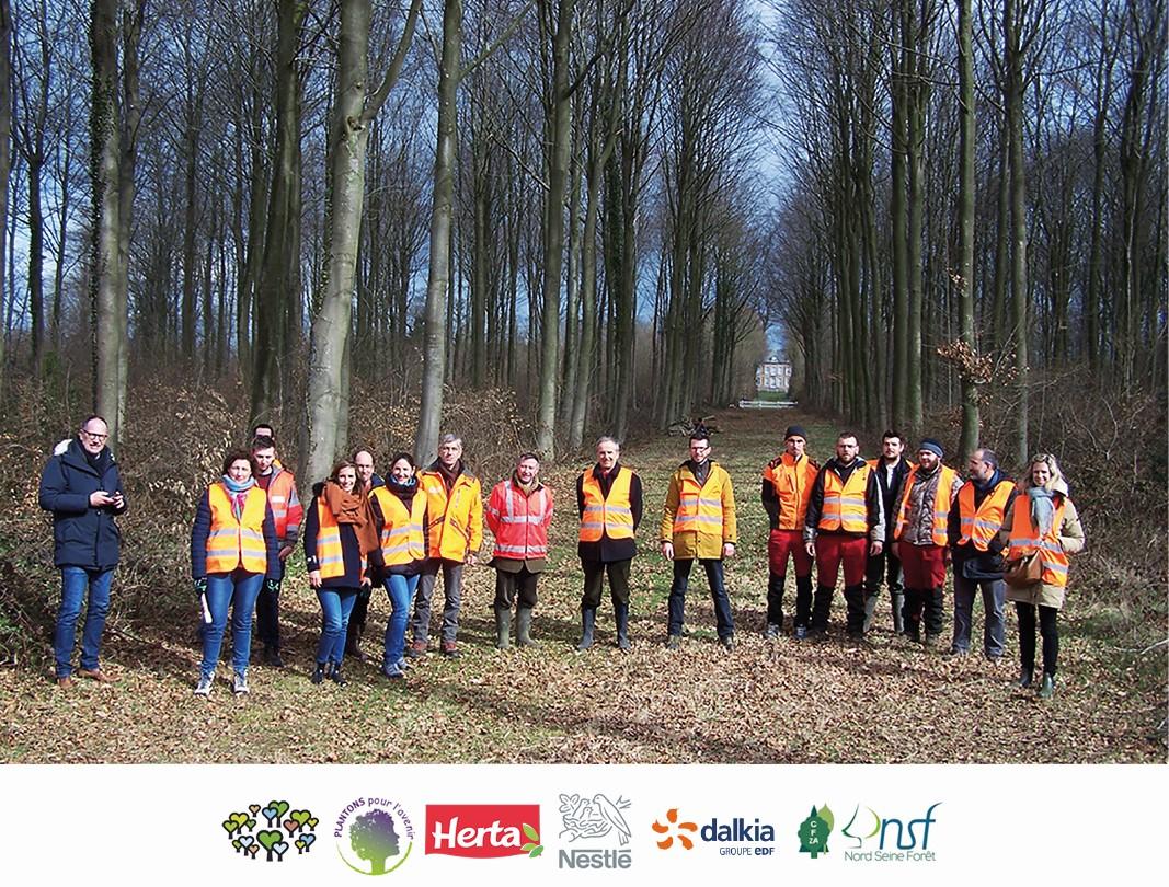 Groupe à la journée internationale des forêts